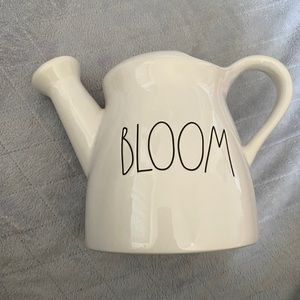 Rae Dunn watering can
